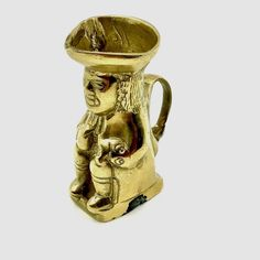 vintage Toby Jug Heavy Brass Pot Mug Brass Ornament Collectable Collectors small Brass Pot, Royal Doulton, China Porcelain, The Collector, My Ebay, Pottery, Mugs, Ornaments, Tableware