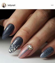 61 New Ideas Nails Almond Gray Diy Nails Manicure, Fun Nails, Pretty Nails, Almond Acrylic Nails, Almond Nails, Classy Nails, Stylish Nails, French Nails, Gray Nails