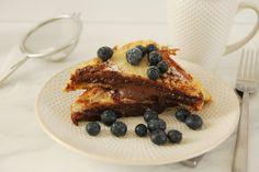 Frenchtoast mit Blaubeeren und Nutella