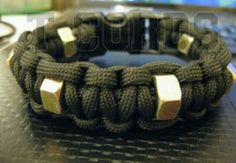 Paracord bracelet with hexnuts