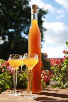 Mirabellenlikör - enthält Alkohol