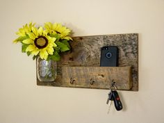 Rustic Key Holder and Organizer