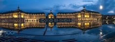WATER MIRROR - Bordeaux at night