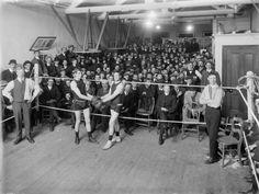 Amateur boxing match, Christchurch, 1910