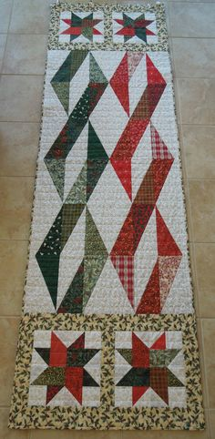 Christmas Twizzle-patchwork quilted bedrunner in holiday colors