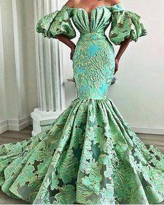 African Prom Dresses, African Fashion Dresses, African Dress, African Wedding Dress, Ankara Fashion, African Style, Elegant Dresses, Pretty Dresses, Beautiful Dresses