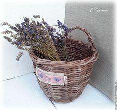 Купить Корзиночка плетеная Лавандовые бабочки - корзина коричневая купить, плетеная корзина подарок