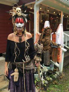 Voodoo Party, Voodoo Halloween, Halloween Makeup, Halloween Party, Halloween Costumes, Voodoo Priestess Costume, Voodoo Costume, Witch Doctor Costume, Dress Up Costumes