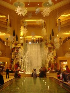 Winter waterfall at the Palazzo www.here2theretravel.net