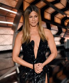 Jennifer Aniston Dazzles at the Oscars in $10.7M Worth of Diamonds and Sparkling High-Slit Gown from InStyle.com
