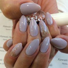Resultado de imagem para simple almond shaped nails
