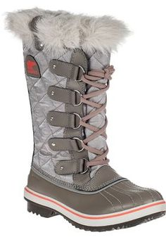 Sorel - Tofino Snow Boot Kettle Canvas I can't find these boots anywhere! If anyone happens to be stocking a pair away somewhere in a size 9, please let me know!