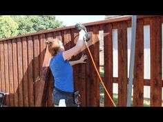 This is an awesome and informative video on how to build a cedar privacy fence! Building a Board on Board Cedar Fence - Part 2 backyard design diy ideas Cedar Wood Fence, Wood Privacy Fence, Privacy Fence Designs, Cedar Boards, Diy Fence, Backyard Fences, Fence Gate, Wooden Fence, Fence Panels