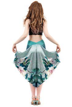 Latin Dance Dresses, Ballroom Dance Dresses, Ballroom Dancing, Foto Fashion, Tango Dress, Argentine Tango, Dance Outfits, Dance Wear, Dress Patterns