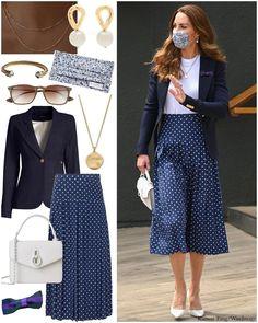 Looks Kate Middleton, Kate Middleton Outfits, Middleton Family, Dress Like A Parisian, Fashion Over Fifty, Prince William And Catherine, Princess Kate, Royal Fashion, Duchess Of Cambridge