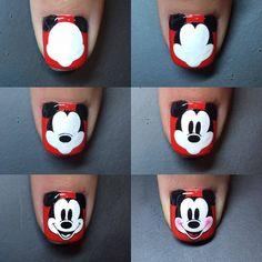 Steps to draw Mickey nails. Ongles Mickey Mouse, Mickey Nails, Minnie Mouse Nails, Nail Art Designs, Pretty Nail Designs, Nails Design, Trendy Nail Art, Cool Nail Art, Nail Art Disney