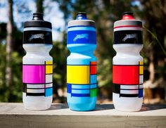 mari-musing: teamdreambicyclingteam: De Stijl Oh yes we did! Mtb, Water Bottle Online, Custom Water Bottles, Cycling Accessories, Water Bottle Design, Bike Run, How To Buy Land, Cycling Outfit, Drink Bottles