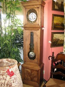 Antique Grandfather Clock !