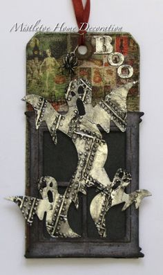 Mistletoe Home Decoration: 12 tags of 2016 - Tim Holtz October tag - version with ghosts Retro Halloween, Halloween Doodle, Halloween Labels, Halloween Scrapbook, Creepy Halloween, Holidays Halloween, Halloween Paper Crafts, Halloween Decorations, Tim Holtz