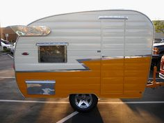 Three easy steps is all it requires to construct your customized camper. The Happier Camper is not the same sort of pull-behind. Vintage campers are available online. When you get a run down camper with the goal to restore that,… Continue Reading → Retro Caravan, Vintage Campers Trailers, Retro Campers, Vintage Caravans, Camper Trailers, Classic Campers, Tiny Trailers, Shasta Trailer, Shasta Camper