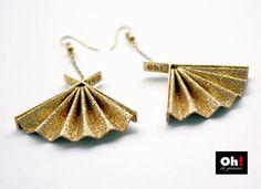 Boucles d'oreilles éventail e broze doré à l'or fin et papier métallisé et pailleté