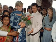 May 23, 1997: Diana, Princess of Wales with friend, Jemima Khan and her husband Imran Khan during her visit to The Shaukat Khanum Memorial Hospital in Lahore, Pakistan.