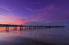 Sunset at Port Lincoln on de Eyre Peninsula on de shore of Boston Bay in South Australia