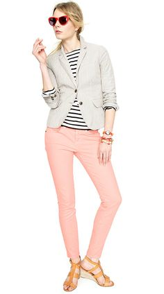 I found myself a pair of peachy pinky skinnies!  I will definitely be pairing them with navy stripes.