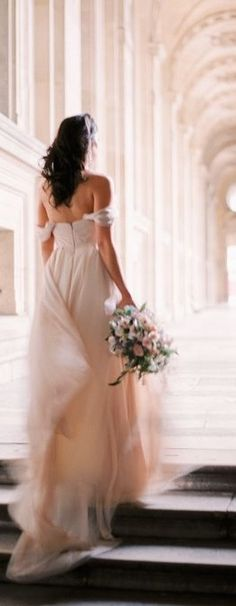 Wedding Photography Ideas : Paris Elopement & Wedding Inspiration: Photos by Le Secret DAudrey Elope Wedding, Wedding Bells, Wedding Gowns, Dream Wedding, Wedding Engagement, Elopement Wedding, Engagement Photos, Wedding Events, Bridal Gowns