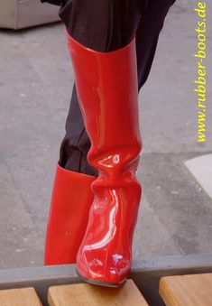 Plastic Boots, Red Boots, Rain Wear, Shoe Boots, Shoes, Rubber Rain Boots, Womens Fashion, Pink, How To Wear
