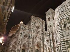 Собор  -   ночью во Флоренции:  ---  кафедральный собор Санта-Мария-дель-Фьоре.  >   irinadob550