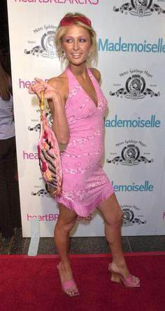 Paris Hilton shares her fave trends from the '00s.