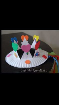 to ] Great to own a Ray-Ban sunglasses as summer gift.Preschool Crafts for Kids*: Top 20 Spring Flower Crafts Preschool Crafts, Crafts For Kids, Arts And Crafts, Paper Plate Crafts, Paper Plates, Crown For Kids, Crown Crafts, Ideias Diy, Church Crafts