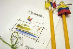 Postales Colombianidad - Loretto & Simona Personalizable Compre en www.regaloscolombianos.com o solicite información a ventas@regaloscolombianos.com