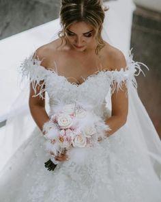 """Gefällt 710 Mal, 6 Kommentare - Gorgeous Wedding Dresses :) (@wedding_dresses) auf Instagram: """"Check out the link in my bio! #bridal #designerweddingdress #weddingdress #wedding #weddinggown…"""""""