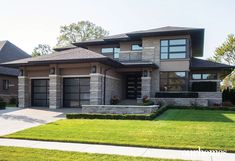 Artistic Vision Meets Frank Lloyd Wright Archi... | Our Homes Magazine Contemporary House Plans, Modern House Plans, Modern House Design, Home Building Design, Building A House, Prairie Style Houses, Dream House Exterior, Sims House, Dream Home Design