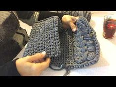 Crochet Bag + Diagram + Step By Step Tutorials Crochet Clutch Bags, Crochet Purse Patterns, Crochet Handbags, Crochet Purses, Crochet Stitches, Knitting Patterns, Crochet Bags, Crochet Wool, Free Crochet