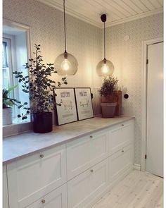Tasty Kitchen, Ikea Kitchen, Kitchen Dining, Kitchen Cabinets, Interior Design Kitchen, Interior And Exterior, Scandinavian Home, Küchen Design, White Cabinets