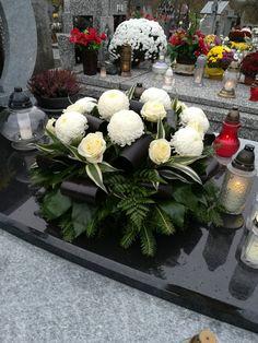 Grave Decorations, Table Decorations, Fall Flowers, Funeral, Floral Arrangements, Home Decor, Decoration Home, Autumn Flowers, Room Decor