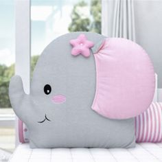Patchwork Baby Toys Sewing 52 Ideas For 2019 Baby Pillows, Kids Pillows, Pillow Crafts, Pink Cushions, Patchwork Baby, Baby Sewing Projects, Fabric Toys, Sewing Pillows, Nursery Room Decor