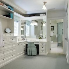 Loooove this bedroom walking through wardrobe, dressing room to a bathroom! My dream master suite!