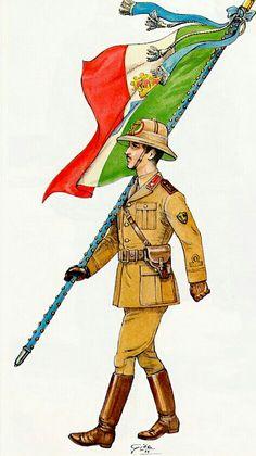 Regio Esercito 1935: Tenente portabandiera dell'83° Reggimento fanteria « Venezia» divisione «Gavinana» - pin by Paolo Marzioli