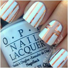 Nails:White with gold cross foil