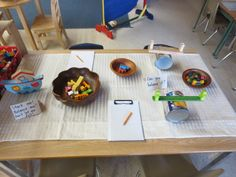 balance provocation to explore weight prior to introducing balance scales Measurement Kindergarten, Kindergarten Inquiry, Literacy And Numeracy, Math Measurement, Preschool Curriculum, Preschool Activities, Maths Resources, Learning Centers, Math Centers