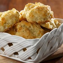 Just one won't be enough once you get to savor the flavor of these tasty copycat cheddar bay biscuits. Cheddar Bay Biscuits, Cheese Biscuits, Cookies Et Biscuits, Cheddar Cheese, Gluten Free Biscuits, Snack Recipes, Snacks, Dessert Recipes, Desserts