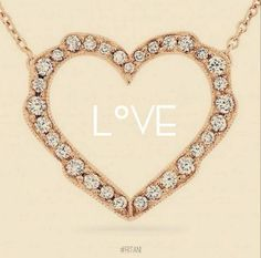 We're in LOVE with this rose gold Ritani necklace
