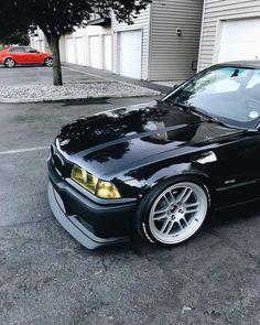 BMW E36 Sedan, E36 Cabrio, E36 Coupe, Bmw 318i, Bmw E30 M3, Lamborghini, Ferrari, Bugatti, Bmw E36 Compact