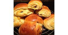 Petits pains briochés au chocolat, une recette de la catégorie Pains & Viennoiseries. Plus de recette Thermomix® www.espace-recettes.fr