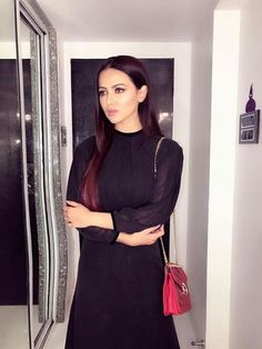Sana Khan, Bollywood Actors, Indian Girls, Celebs, How To Wear, Cloths, Dresses, Hair, Fashion