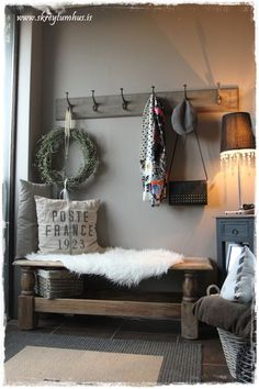 The new entryway in my house - took a coffee table and made it into a bench. (Teri's note - wish I had room for an entryway in my house! Rustic Decor, Farmhouse Decor, Rustic Entryway, Entryway Ideas, Farmhouse Style, Entryway Decor, Farmhouse Bench, Modern Farmhouse, Entryway Closet